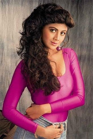 Shilpa Shetty 90s hairstyle