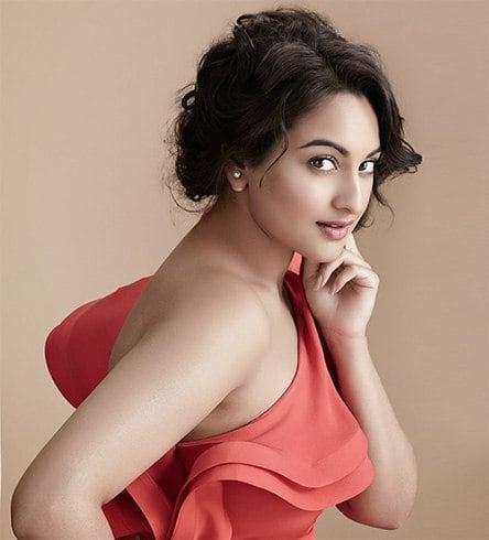 Sonakshi Sinha Short Hair