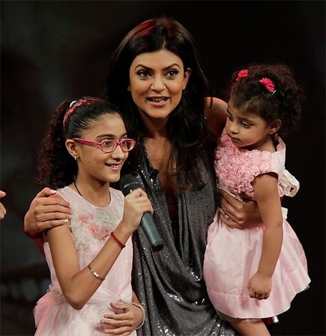 Sushmita Sen daughters