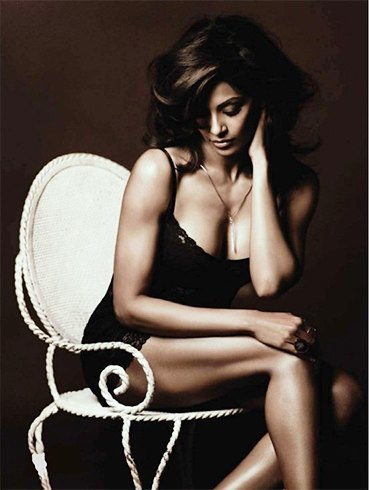 Bipasha Basu Fitness Workout