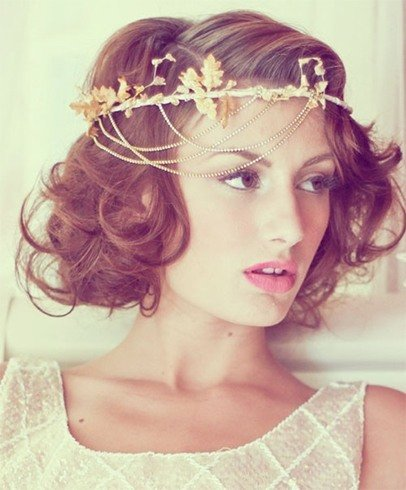 a tutorial on how to create bohemian wave hairstyles for