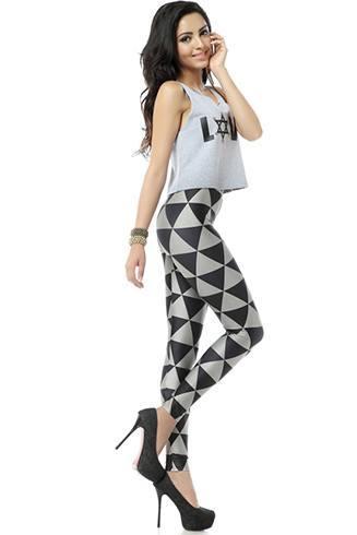 Geometric patterned leggings