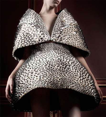 The future is here 3d printed haute couture for Haute couture houses