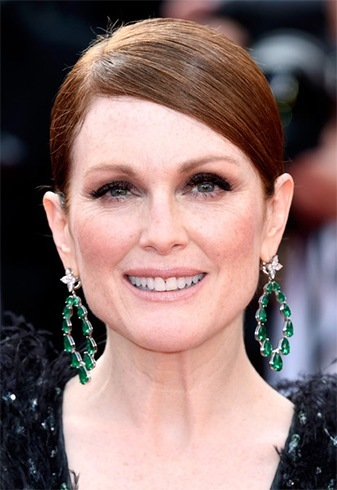 Julianne Moore Classic updo hairstyles