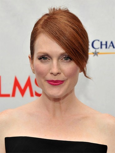 Julianne Moore French Twist Hairstyle