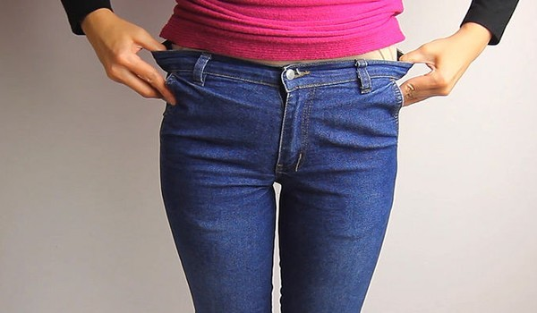 Doing lunges and squats while wearing the jeans will help stretch the material. This method will not only loosen the waist but will help to loosen the rest of the denim as well. Take the jeans off and hang to venchik.mld: Jun 17,