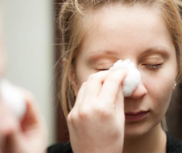 Ways to apply glycerin on dry skin