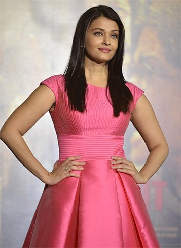 Aishwarya Rai in Pink Aiisha Ramadan Dress