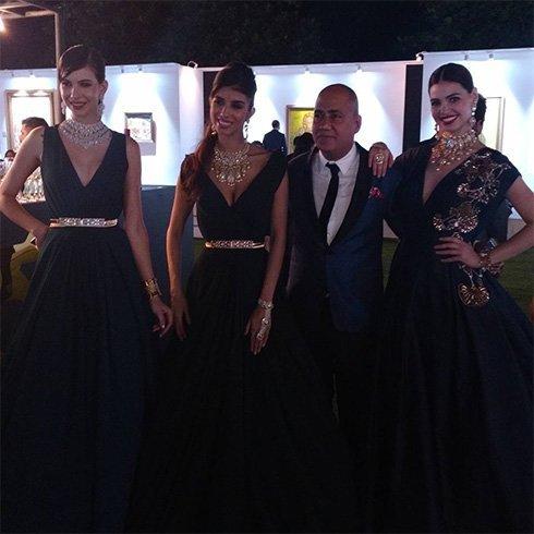 Models in Manish Malhotra