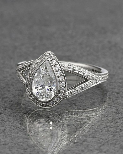Chunky diamond ring
