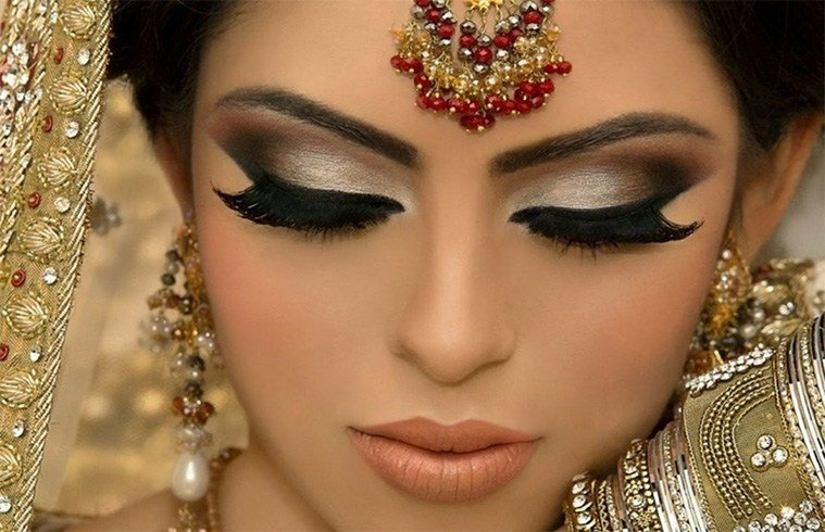 Eye Makeup for Bride