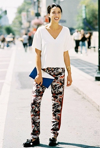 how to wear printed pant