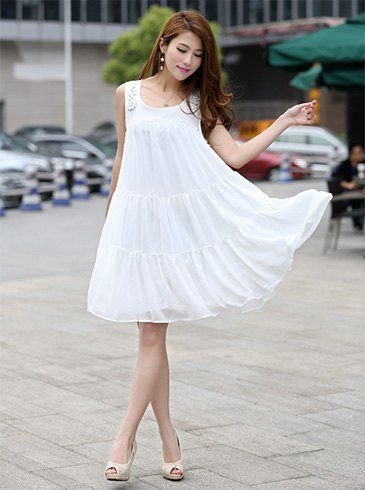 1150b685090 10 Gorgeous All-White Dresses And Ensembles To Wear This Summer