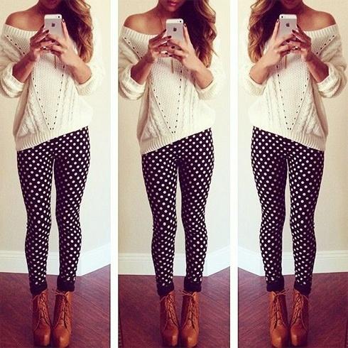way to wear patterned leggings