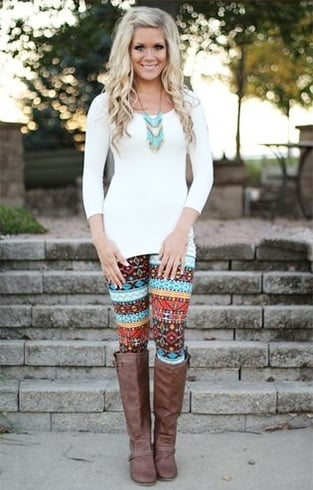 ways to wear patterned leggings