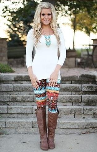 ways to wear patterned leggings
