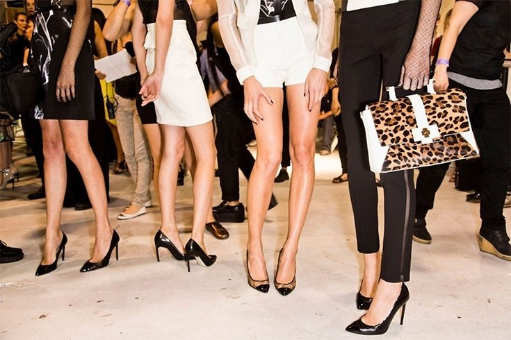 How to Easily Contour Your Legs
