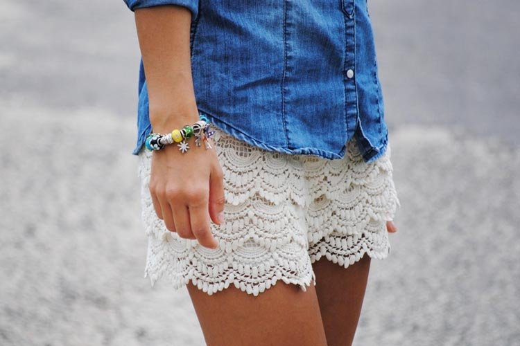 How To Wear Lace Shorts