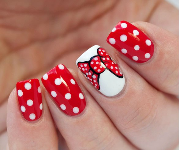 Minnie Mouse Acrylic Nail Art