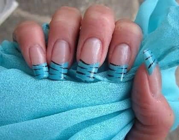 Zebra Print Nail Tips