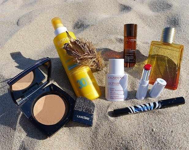 Beach Bag Necessities
