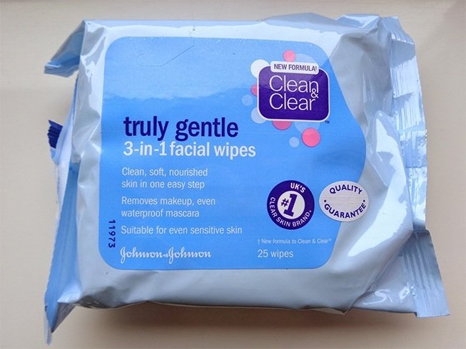 Best Face Wipes For Acne Skin