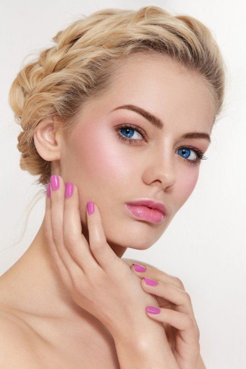 Healthy flushed cheeks and pinks