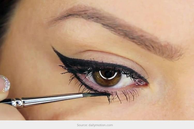 Eyeliner For Summer Makeup