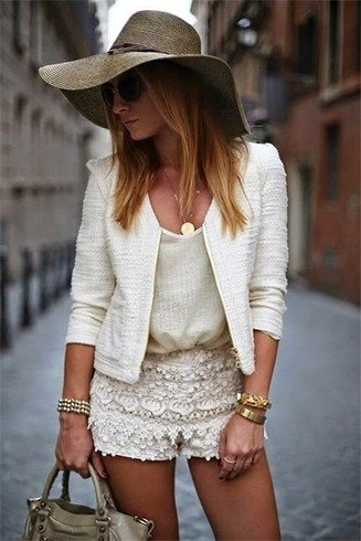 Lace Short Outfit