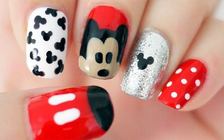 Minnie Mouse Nail Art Ideas