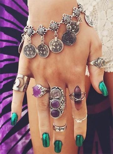 Rings and midi rings