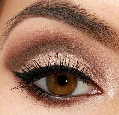 Winged eyes and neutral shadow