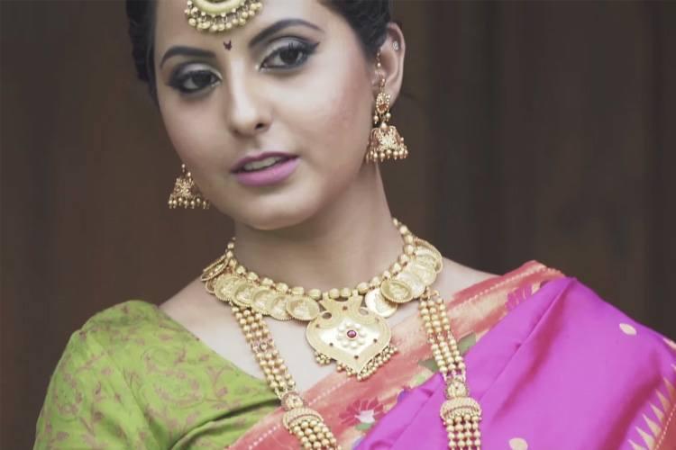 Maharashtrian wedding hairstyles for medium hair : Maharashtrian bride hairstyle and makeup by kalyan jewellers