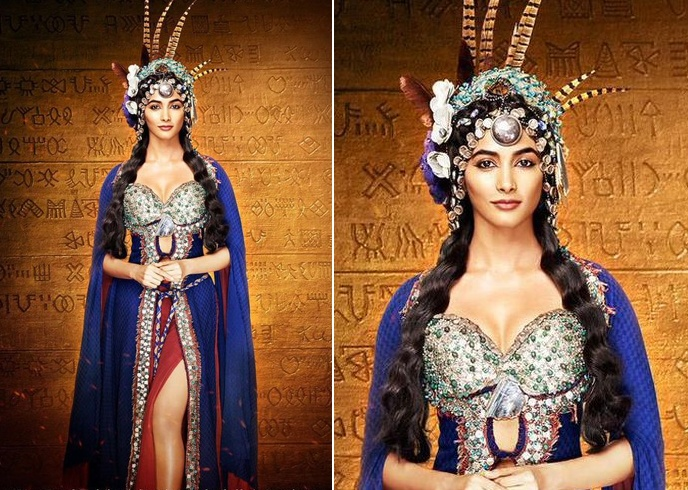 Pooja Hedge Mohenjo Daro outfit