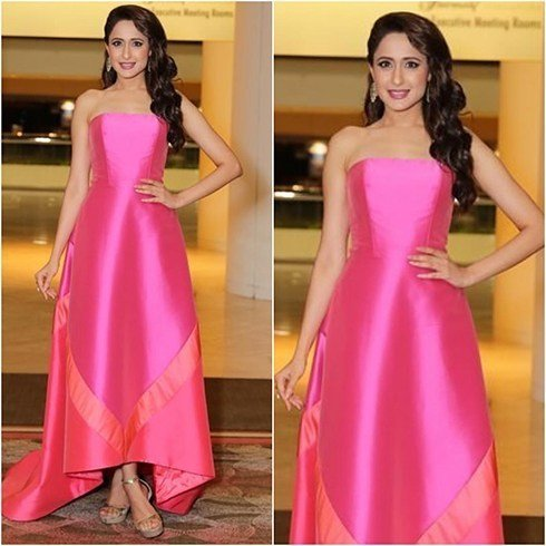 Pragya Jaiswal fashion