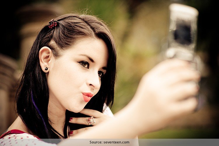 Beauty Tricks For Taking Your Best Selfie