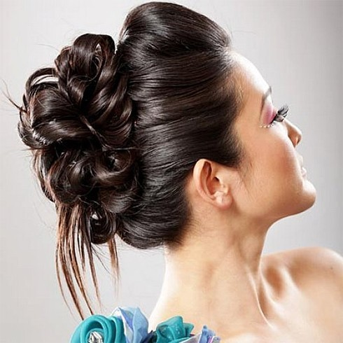 Stupendous Trendy And Gorgeous Bun Hairstyles For A Wide Variety Of Occasions Hairstyles For Men Maxibearus