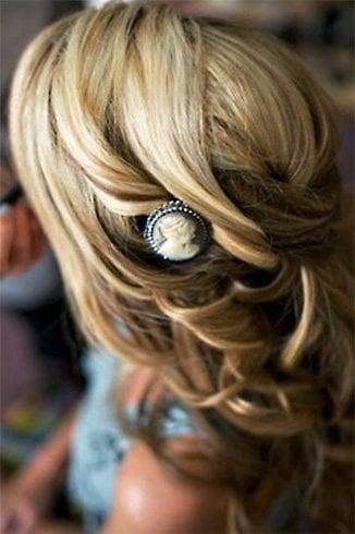 Cameo Hair Clip
