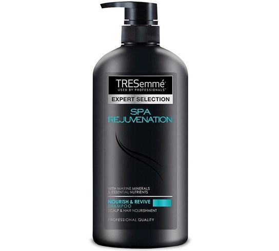 5 erstaunliche Volumizing Shampoos, die magisch Haare flusen