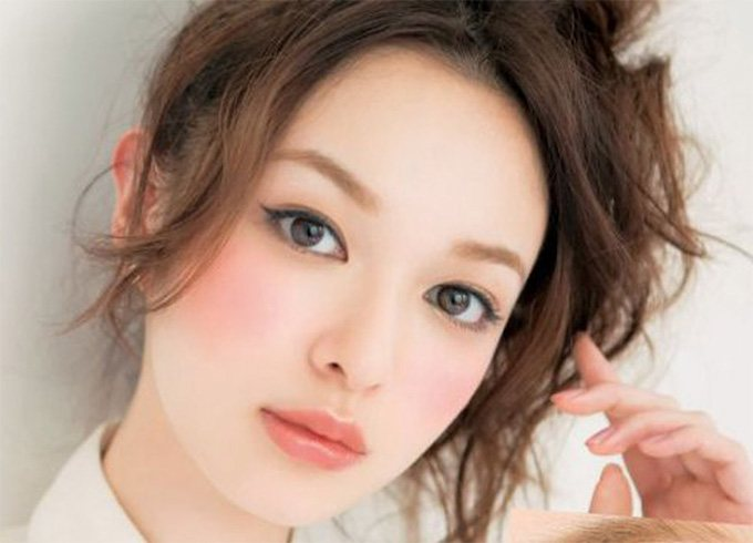 Japanese Bridal Lip Makeup