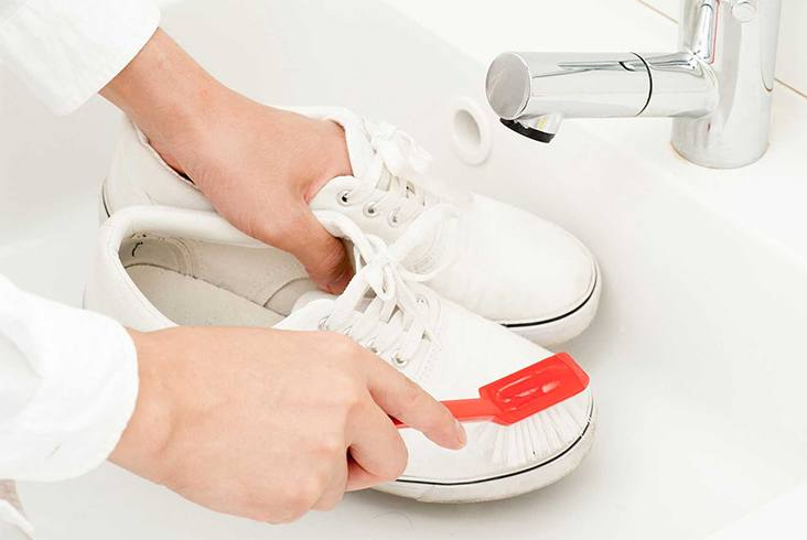 Ways To Wash White Shoes