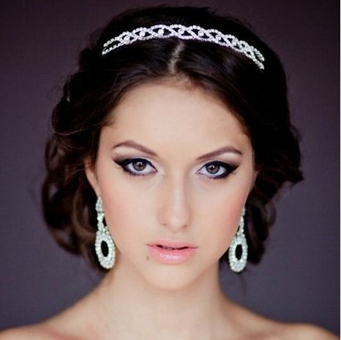 Curly Wedding Hairstyle With A Jeweled Hair band
