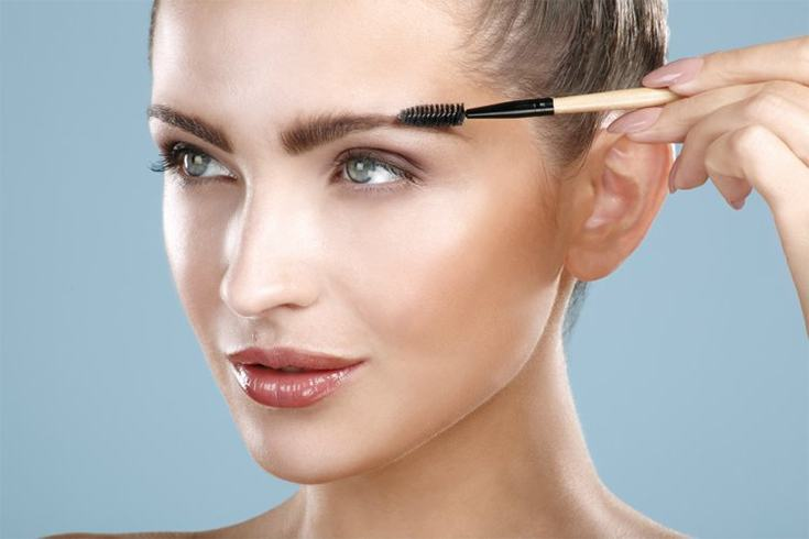 Great ways to use old mascara wands