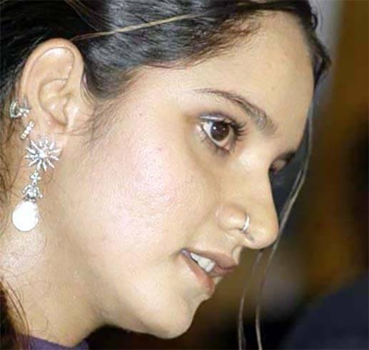 Sania Mirza Piercing