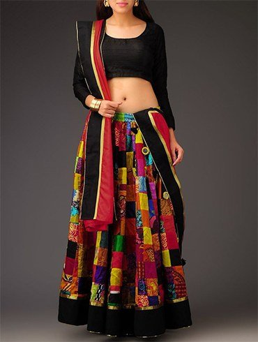 Ways To Style a Saree Blouses