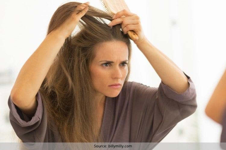 Wie man beschädigtes Haar zu Hause in 10 einfachen Weisen repariert