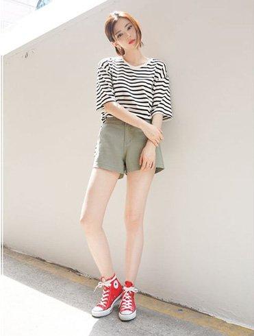 Minimal Style Clothing
