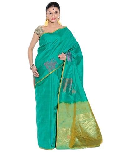Saree Material To Look Slim