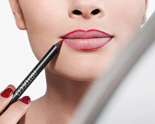 Way To Apply Liquid Lipstick