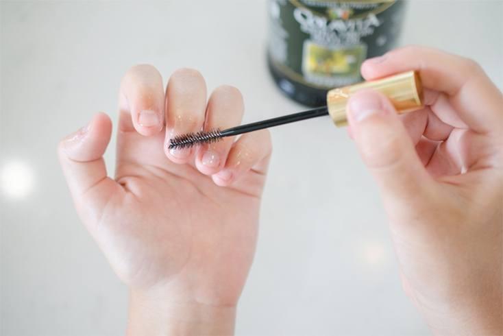ways to use old mascara wand